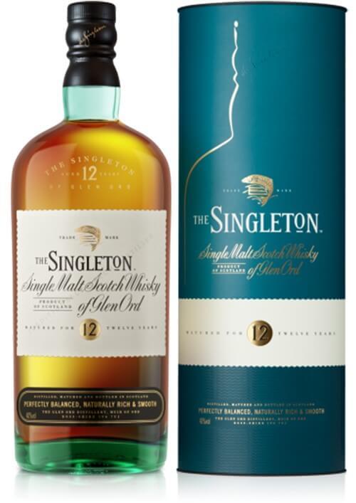 Hình 2. Về dáng vẻ bên ngoài, Singleton 12 Năm 2022 được đóng chai với dung tích 700ml, nồng độ cồn 40%