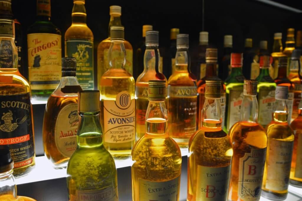 Địa điểm bán rượu ngoại nhập khẩu chất lượng, uy tín tuyệt đối hiện nay
