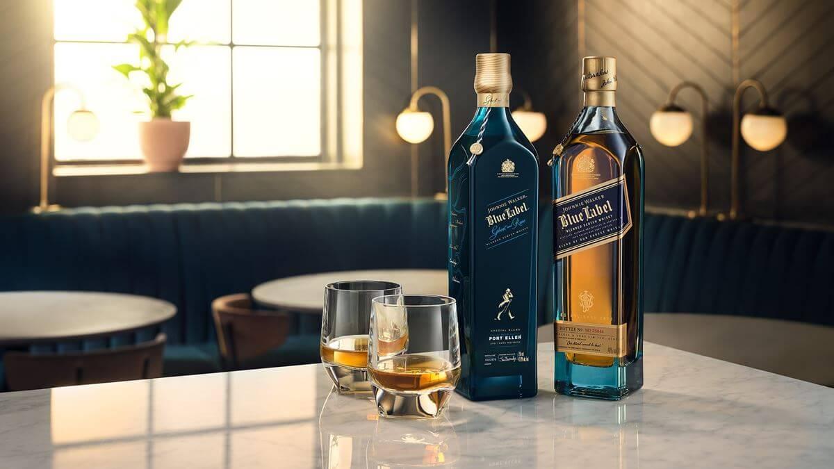 Rượu JW Blue Label uống neat