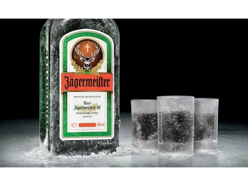 5 Cách Uống Rượu Jagermeister Chuẩn Vị Của Bartender Chuyên Nghiệp