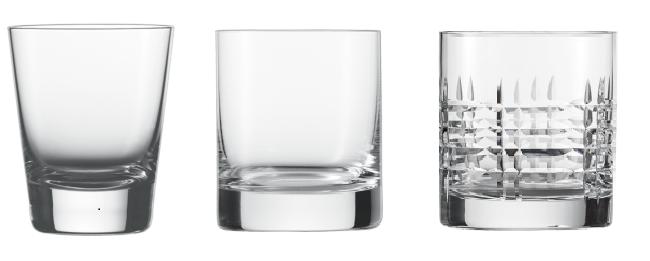 Hình ảnh ly thủy tinh uống rượu Jagermeister