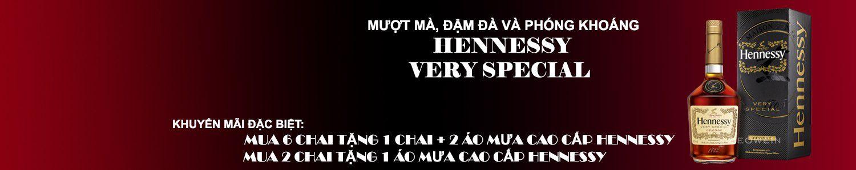 Khuyến mãi Hennessy mua 6 chai tặng 1 chai + áo mưa
