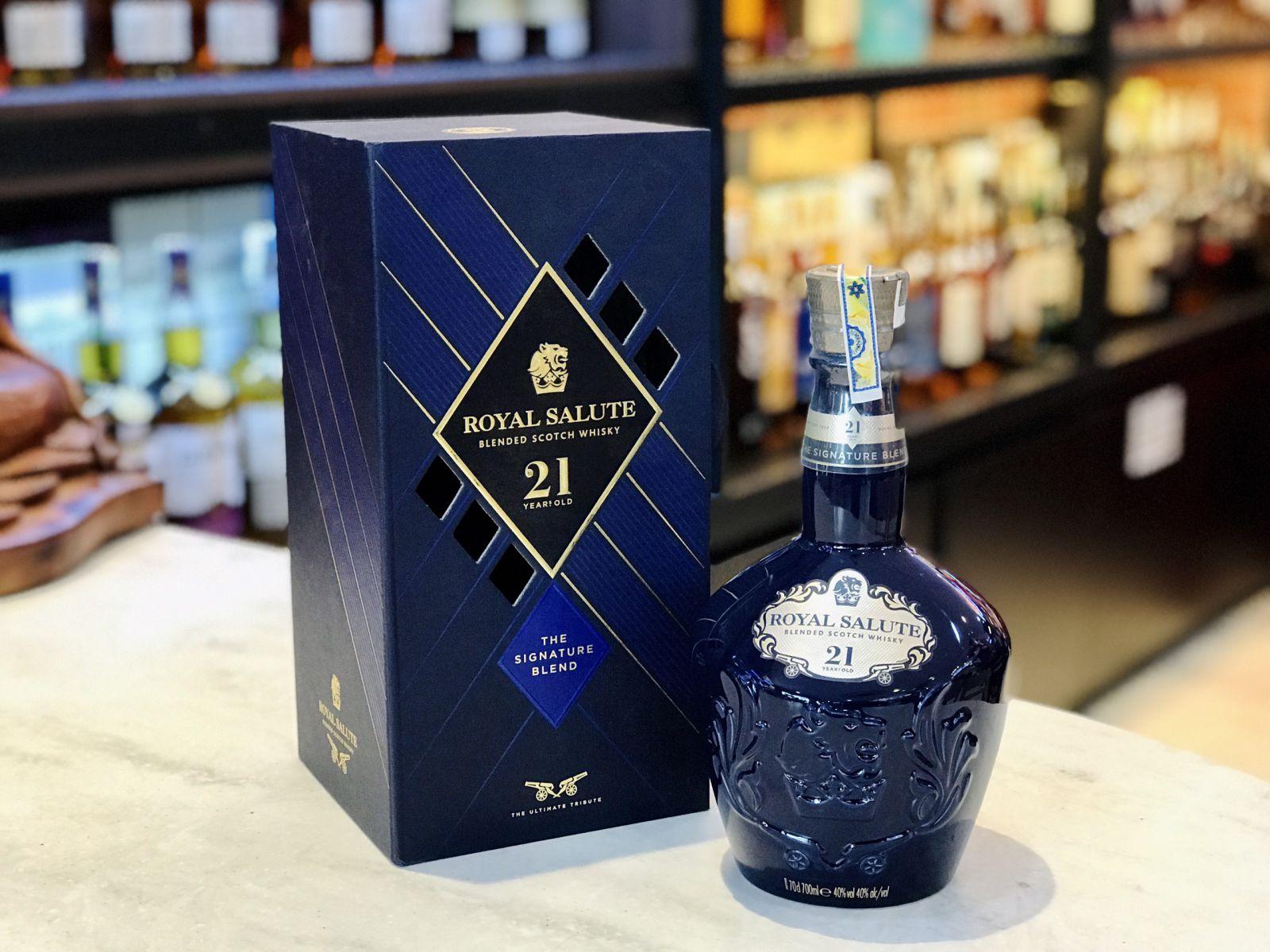 Lịch sử phát triển một loại rượu Hoàng Gia huyền thoại CHIVAS REGAL - ROYAL SALUTE
