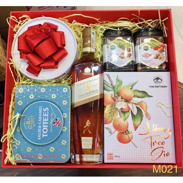 M021 - Hộp quà cao cấp Tết 2021, rượu Johnnie Walker 18 cao cấp