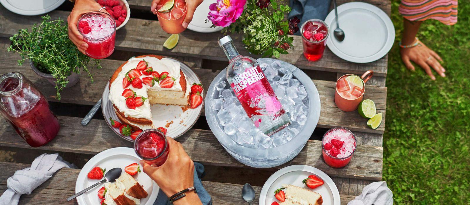 Rượu Absolut Raspberry Vodka