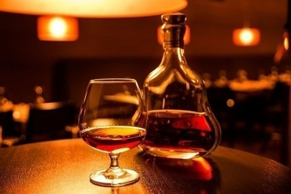 Cognac là gì ? Cách làm rượu Cognac và phân loại