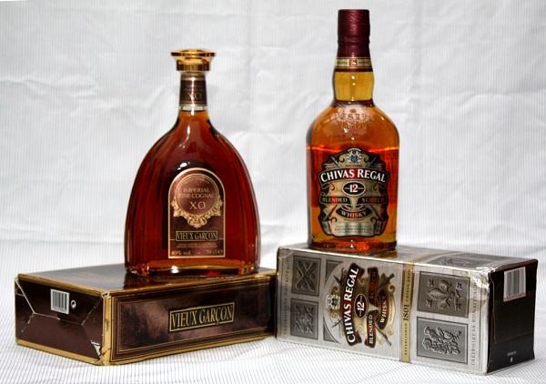 Vieux: là hạng rượu nằm trung gian giữa V.S.O.P và XO