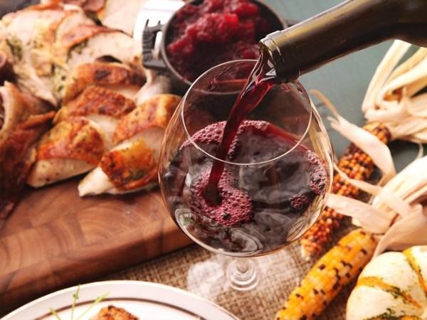rượu vang là gì